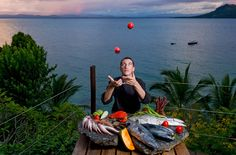 Le Chef, artisan des saveurs, jongle avec ses secrets. G.Planchenault