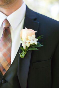 Peach and Brown Grooms Tie | floral design by http://www.boiseatitsbestflowers.com/|   photography by http://www.tanaphotography.com/ | wedding planning by http://www.weddingsbysoiree.com/
