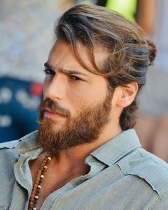 Hello, elegants in this video we will look at the top 5 most Handsome Turkish actors. This video brings you the best stylish Turkish actors. Man Bun Hairstyles, Mens Hairstyles With Beard, Men's Hairstyles Long, Haircuts With Beards, Long Hairstyles For Men, Beard Styles For Men, Hair And Beard Styles, Mens Long Hair Styles, Long Hair Beard