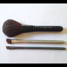 mac brush set box. mac brush set~ gently used mac set box
