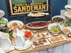 8 Dawn-to-Dusk Eateries on Nantucket - http://crunantucket.com/press.html