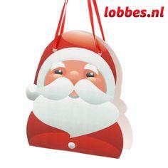 """Stevige kerst geschenktasje voor de mooiste kerstcadeautjes. Het tasje bestaat uit een mooie kerstillustratie op de voorkant en een achterkant met """"raampje"""" in ster- of kerstboompjes-vorm. Hier tussenin zit het eigenlijke tasje voor een cadeautje. Het formaat van het cadeautje kan maximaal 6,5 x 3 x 7,5 cm zijn. (Hoger mag natuurlijk wel, dan steekt het iets boven het binnen-tasje uit.)"""