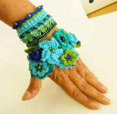 Crochet bracelet cuff Free form cotton thread by AmarantaBeads
