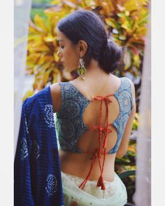 Blouse Back Neck Designs, Best Blouse Designs, Simple Blouse Designs, Stylish Blouse Design, Saree Blouse Designs, Choli Blouse Design, Blouse Styles, Kurti Designs Party Wear, Saree Look