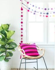 More color, more fun! this Light Purple Ombre pom pom garland is the perfect decoration for your wall/