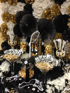 CANDY~Gold,black and ivory Great Gatsby themed candy buffet. Great Gatsby Motto, Great Gatsby Wedding, The Great Gatsby, Wedding Ideas, Great Gatsby Themed Party, 30th Birthday Parties, Anniversary Parties, 50th Birthday, Fiesta Art Deco