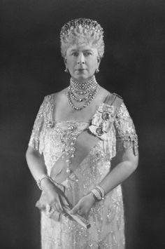 The Royal Collection: Queen Mary Queen Victoria Family, Princess Victoria, Princess Mary, English Royal Family, British Royal Families, Queen Mary, Queen Elizabeth Ii, Prinz Philip, Royal Collection Trust