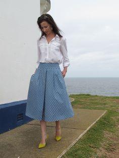 Mood Fabrics, Stretch denim twill. Vogue 9090, sewn by Sew Busy Lizzy