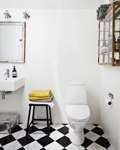 64 best bathrooms images in 2019 country style bathrooms bathroom rh pinterest com