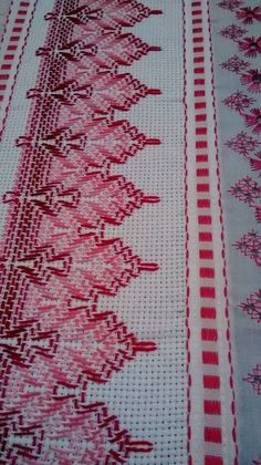 Miriam Perez's media content and analytics Embroidery Stitches Tutorial, Ribbon Embroidery, Cross Stitch Embroidery, Embroidery Patterns, Cat Cross Stitches, Cross Stitch Bookmarks, Swedish Weaving Patterns, Cross Stitch Geometric, Swedish Embroidery