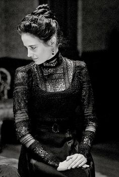 "Searching all over for a lace shirt like this one! ""Penny Dreadful"" - Vanessa Ives"