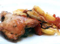 Frango com Batatas - Veja mais em: http://www.cybercook.com.br/receita-de-frango-com-batatas.html?codigo=11287