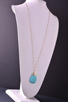 Diamond Cut Stone Pendant Necklace | Roe Boulevard Indie Fashion, Unique Fashion, Stone Pendants, Girls Best Friend, Trendy Outfits, Diamond Cuts, Boutique, Bling, Jewelry