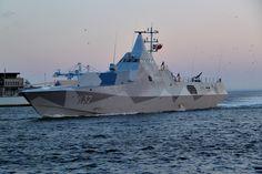 HMS_K32_Helsingborg_02.jpg (1600×1067)