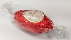 """The """"Niederegger Marzipan Ei - Marzipan Egg Dark Chocolate"""" is made of fine marzipan, coated in crunchy dark chocolate. To decorate or just to enjoy.… Milka Chocolate, Easter Chocolate, Easter Candy, Easter Eggs, Niederegger Marzipan, Fruit Gums, Chocolate Covered, Happy Easter, Oreo"""