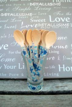 Cucharitas de madera de flores azules (11 cms). Ideales para caterings, fiestas, celebraciones, repostería... pedidos: detallisime@yahoo.es