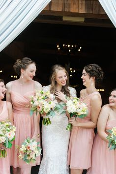 Sweet summer wedding with short, pink bridesmaids dresses  // Photo by Jennie Andrews  #bridesmaidsdresses #wedding #castletonfarms #bridesmaids #summerwedding