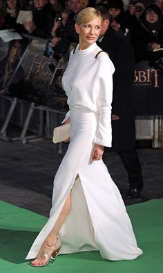 Cate Blanchett in Givenchy once again, Hobbit premiere.