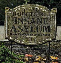Popular Halloween yard sign