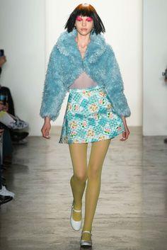 Jeremy Scott Fall 2015 Ready-to-Wear Fashion Show - Kate Bogucharskaia (Next)