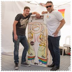 Deiter Barry with the post box he reinvented for @midsummafestival in Melbourne, 3000. #AustraliaConnected, #Australia, #Victoria, #Melbourne, #Midsumma2015, #DeiterBarry, #PostPride, #WithoutArtEarthIsEh.