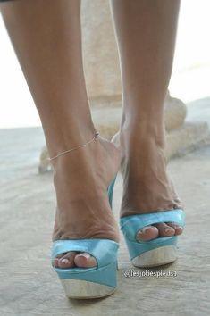 LUPITA'S BLUE 6 INCH MULES #highheelswedge