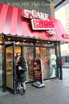 NYC, Style and a little Cannoli: The Cake Boss Cafe in New York City