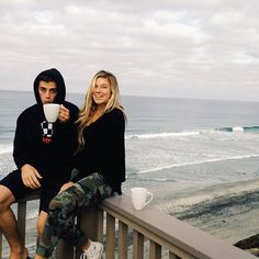 Coco Ho and Mark Mcmorris ~ pro snowboarder & pro surfer Boy Best Friend Pictures, Guy Best Friend, Couple Pictures, Perfect Relationship, Cute Relationships, Relationship Goals, Mark Mcmorris, Coco Ho, Tumblr Couples