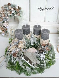 New York loft of artist and sculptor Michele Oka Doner. Rose Gold Christmas Decorations, Christmas Advent Wreath, Christmas Arrangements, Christmas Candles, Christmas Centerpieces, Christmas Love, Holiday Wreaths, Rustic Christmas, Xmas Decorations