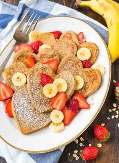 The best healthy oat pancakes, made in a blender! Light, fluffy and gluten free. This quick blender recipe for pancakes is easy, kid-friendly, and easy to clean up. Healthy Oat Pancakes, Oatmeal Pancakes Easy, Banana Pancakes, Pancakes And Waffles, Breakfast Pancakes, Pancakes Kids, Breakfast For Kids, Breakfast Recipes, Breakfast Ideas