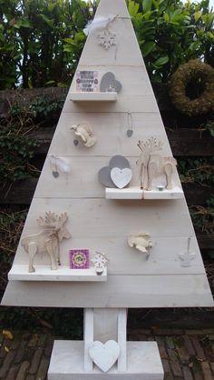 Kerstboom whitewash. Gemaakt door Leeuw-design More