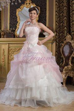 Brautkleid mit geraden Ausschnitt aus Satin