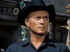 Yul Brynner - FREE Wallpaper, Screen Saver and Start-up, Wait and ...