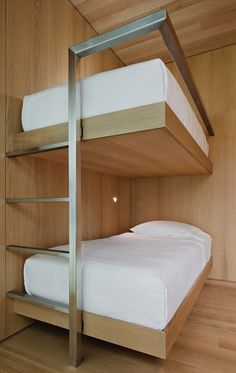The Simple Life: Desai Chia's Weekend Getaway - The Simple Life: Desai Chia's Weekend Getaway Interior Design Magazine: Cantilevered white oak bunks give extra room for sleeping in Desai Chia Architecture's one-bedroom glass house. Furniture, Bed Design, Interior, Bedroom Design, Home Decor, Bed, Bunk Beds, Furniture Design, Hostels Design