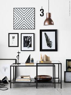 10 ideas para decorar tus muros con cuadros // 10 amazing gallery wall ideas for your home - Casa Haus Decoración Hektar Ikea, Ikea Vittsjo, Modern Black Coffee Table, Room Inspiration, Interior Inspiration, Deco Cars, Interior Styling, Interior Decorating, Scandinavian Interior