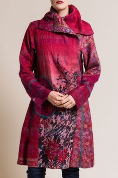 Mieko Mintz Vintage Silk Long A-Line Jacket in Pink India Fashion, Boho Fashion, Vintage Fashion, Japan Fashion, Street Fashion, Textiles, Modern Saree, Indian Bridal Fashion, Line Jackets