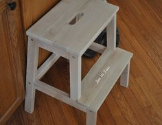 tiffany blue maybe? Good for kids rooms so they can reach up in their closet. Ikea Step Stool, Closet Bench, Art Desk, Grey Stain, Stepping Out, Do It Yourself Projects, Tiffany Blue, Dressing Room, Home Organization