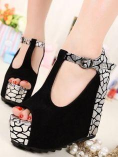 Color matching wedge design sandal