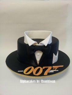 This cake was inspired by cakesbyraewyn james bond theme, casino theme, cen My Birthday Cake, 27th Birthday, Man Birthday, Birthday Cake For Men Easy, James Bond Cake, James Bond Party, Movie Cakes, Dad Cake, Shirt Cake