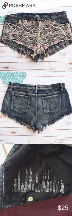 Urban Outfitters Lace Front BDG Jean Shorts ★ GUC ★ Have minimal pilling on inside pockets  ★ Measurements available upon request ★ Reasonable Offers Accepted ★ No Trade BDG Shorts Jean Shorts