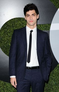 Matthew Daddario GQ Anniversary Men of the Year Party Matthew Daddario, Sexy Asian Men, Sexy Men, Most Beautiful Man, Gorgeous Men, Max Miller, Shadowhunters Cast, Alec Lightwood, Malec