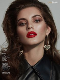 Valery Kaufman turns up the glam factor for the February 2019 issue of Vogue Arabia. Captured by Greg Swales, the Russian model wears luxe makeup looks in the beauty spread. Styled by Anna Katsanis, Valery Glam Makeup, Beauty Makeup, Hair Makeup, Hair Beauty, 90s Makeup, Makeup Art, Fashion Model Poses, Fashion Shoot, Fashion Models