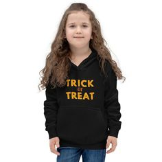 Kids Hoodie Halloween Everyone wants to be cozy and warm and still look stylish kids are no exception. Prepare the little one for any chilly evening by ordering this Kids Hoodie Halloween. It has a front kangaroo pouch pocket, which has a small hidden opening for an earphone cord and double fabric hood for extra [...]The post Kids Hoodie Halloween appeared first on Dullaj.com.