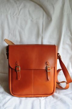 Hand Stitched Large Leather Carry on Bag ($260.00) - Svpply