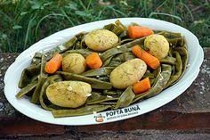 Fasole pastai inabusita cu usturoi Pot Roast, Vegetarian Recipes, Chicken, Ethnic Recipes, Food, Youtube, Carne Asada, Roast Beef, Essen