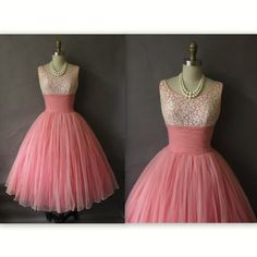 Vestido de fiesta de los años 50 / acanalada de Gasa y encaje