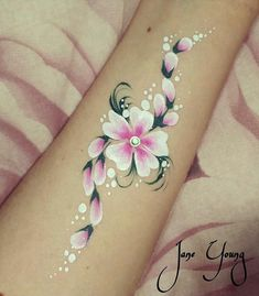 #facepaint #facepainting #flower