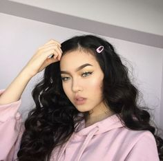 please vote on the site models you l. - Beauty For Life - Hair Clips Clip Hairstyles, Hairstyles For School, Pretty Hairstyles, Medium Hair Styles, Curly Hair Styles, Natural Hair Styles, Hair Barrettes, Hair Clips, Jessica Vu