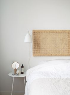 Diy Headboard Discover Make a chic cane headboard in a matter of hours - IKEA Hackers I recently did a series of mini IKEA hacks. The first one is a cane headboard and it only takes a few hours to make. And looks gorgeous in the bedroom. Ikea Headboard, Rattan Headboard, Diy Headboards, Headboard Ideas, Floating Headboard, Ikea Hack Bedroom, Ikea Bed Hack, Headboard Cover, Bedroom Hacks