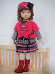 Handknitted OUTFIT for LITTLE DARLING doll - 13 inches (Dianna Effner) in Dolls & Bears, Dolls, Clothes & Accessories | eBay